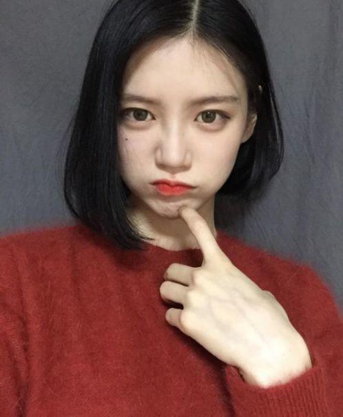 Bộ sưu tập 5 cách tạo mẫu tóc uốn cụp đuôi Hàn Quốc tôn nét đẹp và che khuyết điểm trên khuôn mặt các cô nàng.
