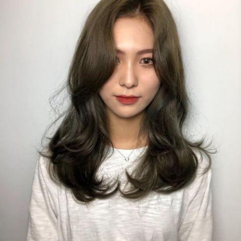 Phong cách tóc layer đậm chất Hàn Quốc dành cho phái nữ xinh xắn và quyến rũ - Hình ảnh số 2