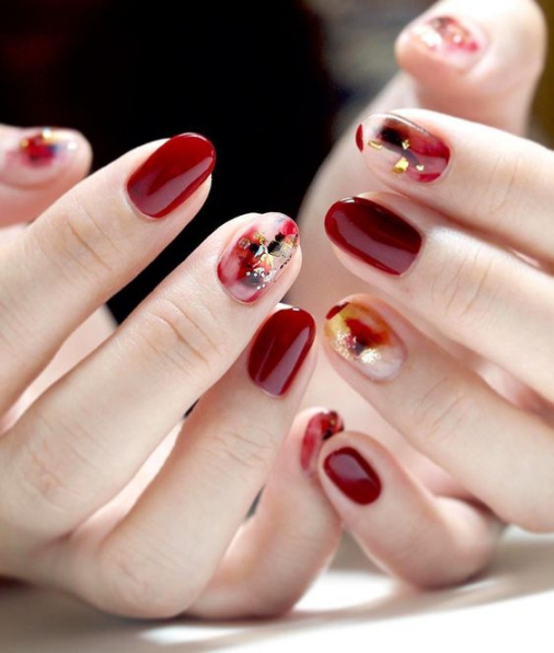Các mẫu nail màu đỏ rượi đẹp nhất hiện nay