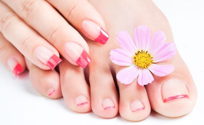 Các kiểu móng nail chân sơn đầu đẹp