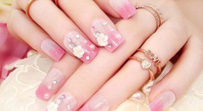 Những mẫu nail móng tay đính đá đẹp nhất hiện nay cực sang trọng