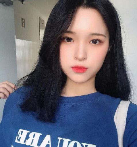 Nàng muốn mình thêm xinh xắn, cá tính và dễ thương thì không thể nào qua qua style tóc mái lệch thời thượng này. Cùng xem ngay MIỄN PHÍ.