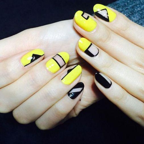 Mẫu Nail màu vàng cá tính đẹp