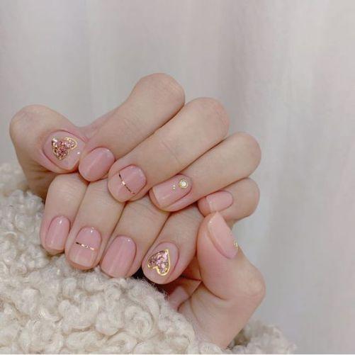 Những mẫu nail xinh đơn giản mà đẹp - Hình 4