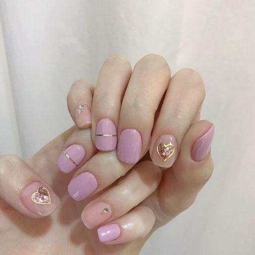 Tổng hợp các mẫu nail xinh màu hồng tươi mới - Hình 2