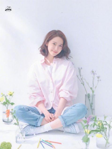 Chia sẻ đến mọi cô gái về tóc ngắn style rẽ ngôi đẹp như Hàn Quốc vừa điệu đà, vừa sang chảnh. Làm các nàng đẹp như các Hot girl nổi tiến.