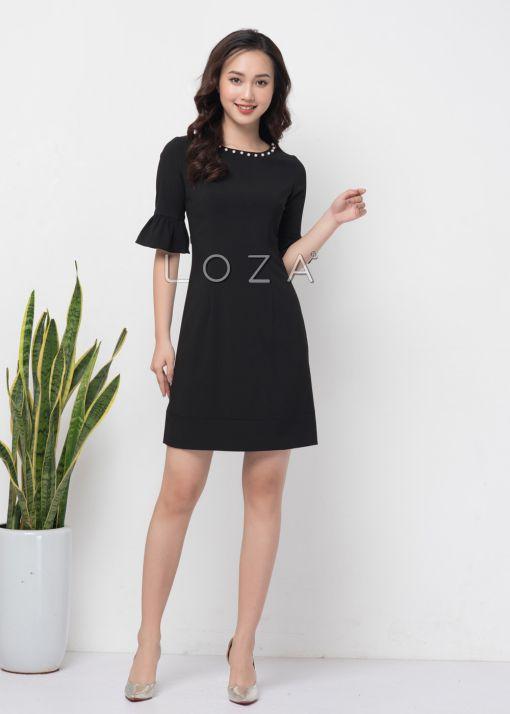 Những mẫu váy liền thân công sở màu đen thanh lịch - Hình 4