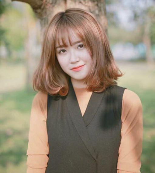 Thời trang tóc ngắn bấm đẹp cho nữ