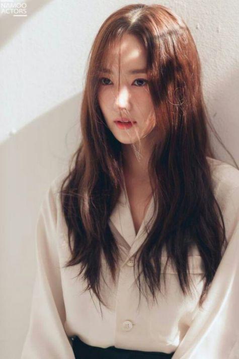Tóc nữ layer phong cách Hàn Quốc đẹp nhất giúp nàng tự tin tỏa nắng - số 1
