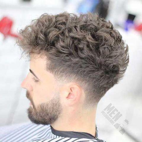 TOP những kiểu tóc mohican con sâu đẹp cho nam đang nắm bắt xu hướng mới nhất ngày nay - Hình ảnh số 4