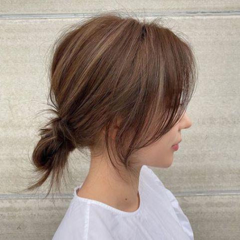 Tiết lộ cho bạn những tóc ngắn buộc búi đẹp mê mẩn, không bao giờ lỗi xu hướng - Hình ảnh số 2