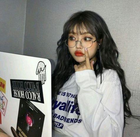Tóc nữ xoăn sóng đậm nét Hàn Quốc thể hiện cá tính của bản thân