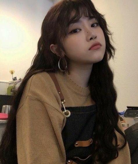 Thể hiện nét dễ thương và kute qua mái tóc xoăn sóng nước được yêu thích nhất ở xứ Hàn Quốc