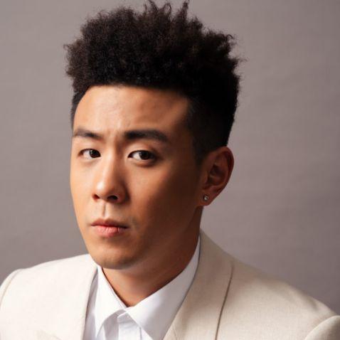 Cách tạo kiểu tóc premlock huyme chàng trai trẻ người Việt Nam cực kỳ chất