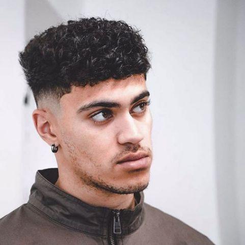 Cập nhật trend tóc premlock ngắn giúp bạn bộc lộ cá tính thật sự của bản thân - Hình ảnh số 2