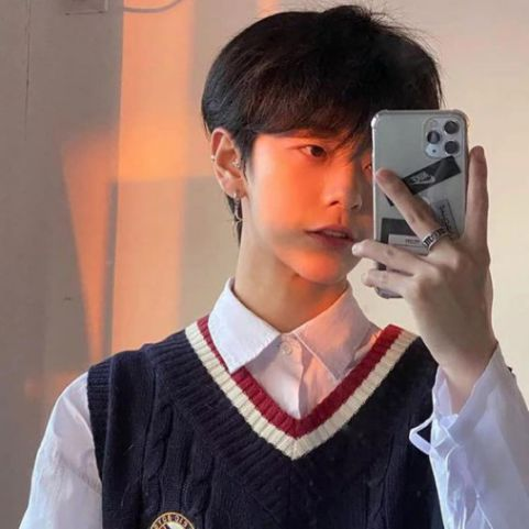 Thời trang tóc đầu nấm phong cách Hàn Quốc đang được quan tâm hiện nay - Hình ảnh số 1