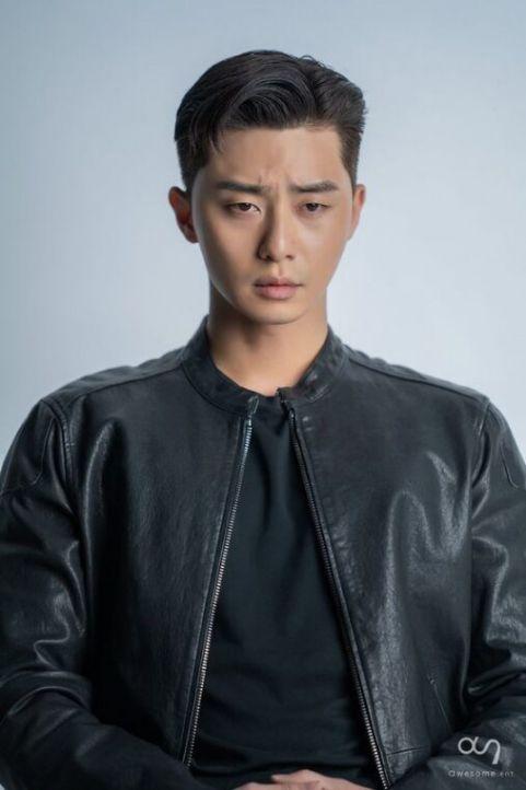 Những kiểu tóc undercut Hàn Quốc cho nam giới được nhiều ngôi sao lựa chọn gây bão cộng đồng mạng - Hình ảnh số 2