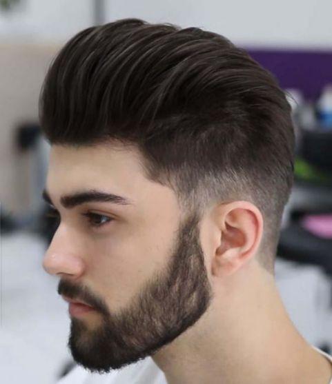 Bạn muốn bản thân thêm phần mạnh mẽ và điển trai thì không thể bỏ lỡ kiểu tóc undercut pompadour đẹp nắm bắt xu hướng này