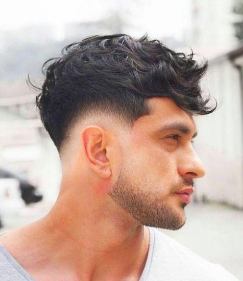 Xu hướng tóc sport uốn xoăn gọn gàng cho nam giới đang lên ngôi - Hình ảnh số 1